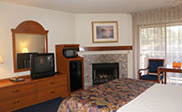 Monarch Resort Queen Room at Pacific Grove